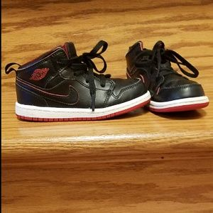 Kids Air Jordan 1 Mid
